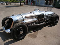 193px-Napier-Railton_at_Brooklands